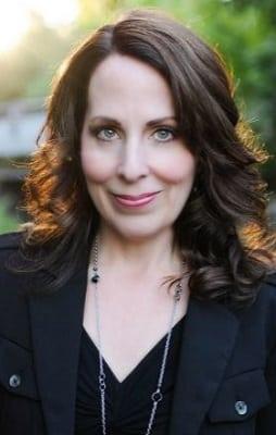 romantic mystery interview Kendra Elliot