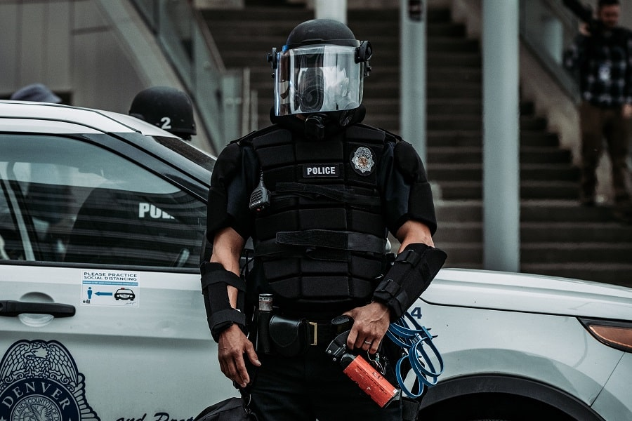 Rogue Police in Thrillers